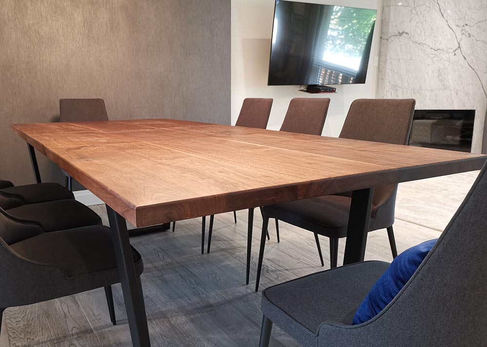 walnut extendable table